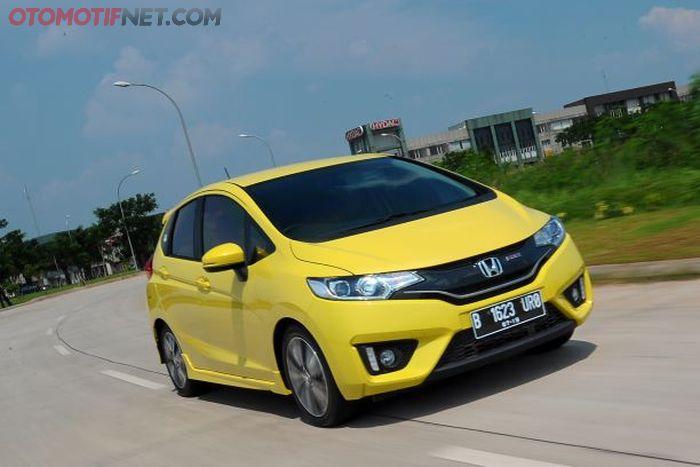 Ilustrasi Honda Jazz GK5
