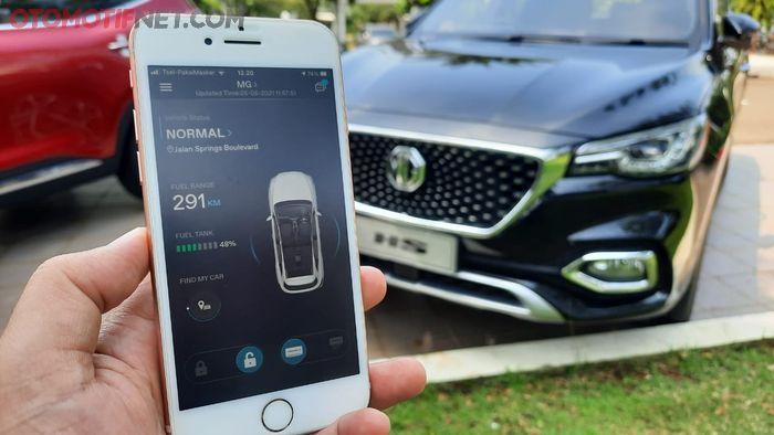 Pemilik kendaraan dapat mengontrol  beberapa fungsi di MG HS i-SMART miliknya lewat smartphone