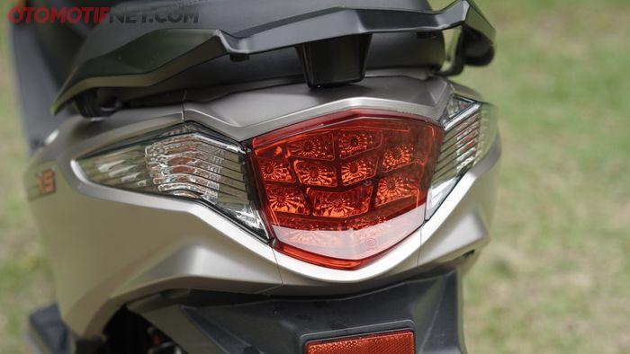 Lampu belakang Rakata X5, mirip motor apa hayo?