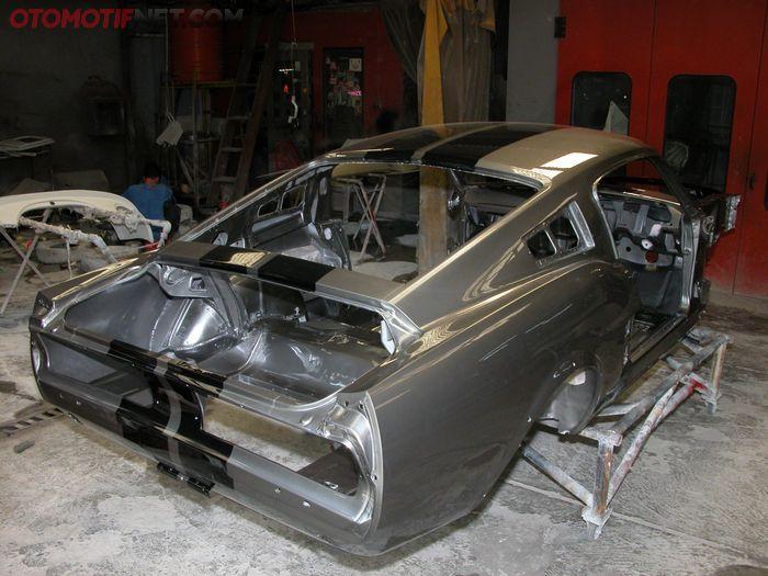 Proses pembangunan Ford GT500 Eleanor di bengkel Panel1, Pondok Indah, Jakarta Selatan