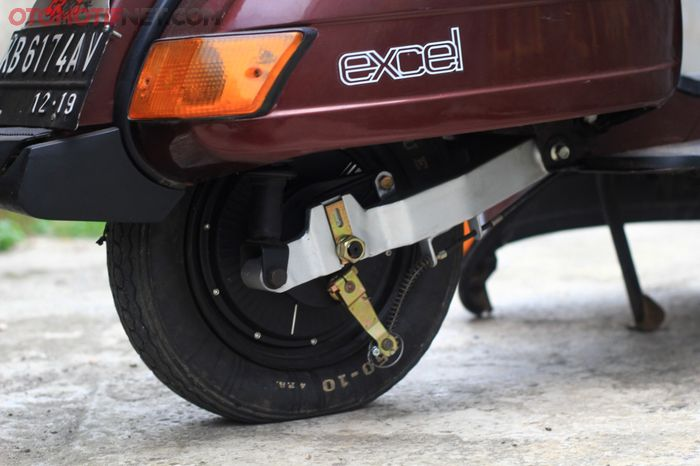 Dinamo model hub ring 10 inci cocok untuk Vespa, spesifikasinya 1.000 Watt