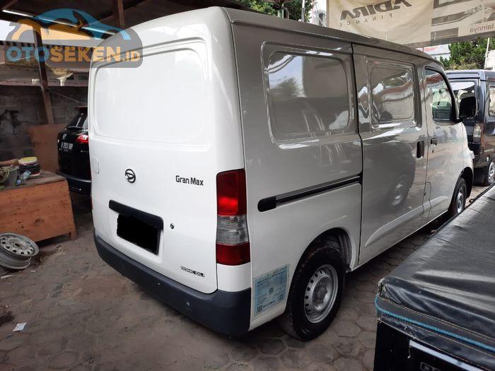 Daihatsu Gran Max Blind Van 1.3 2017