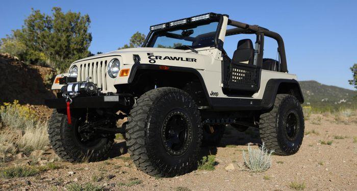 Modifikasi Jeep Wrangler hasil garapan anak sekolahan