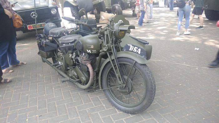 Motor BSA keluaran tahun 1942