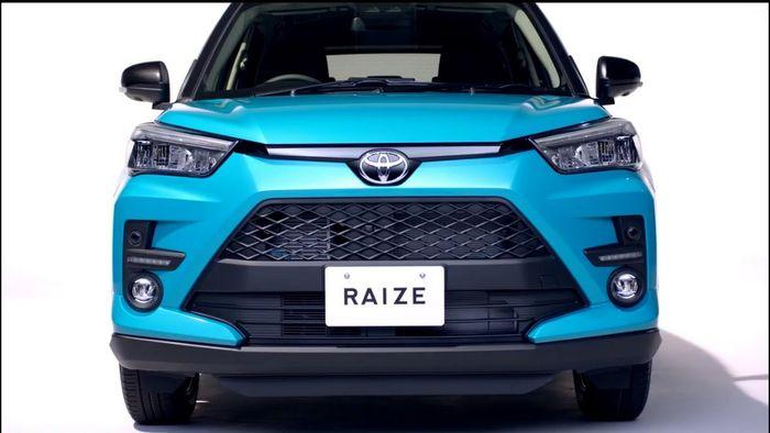 Penampakan bagian depan Toyota Raize