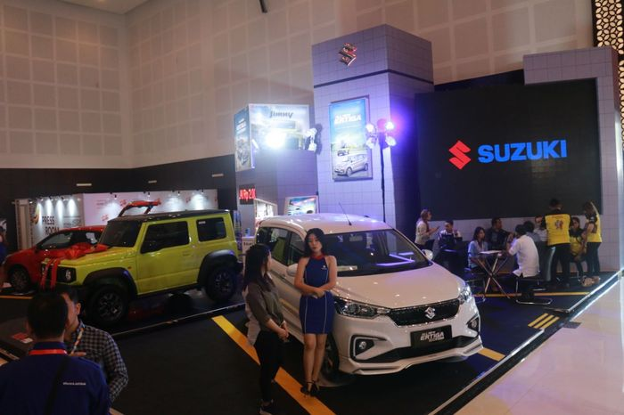 PT Suzuki Indomobil Sales kembali menyapa warga Surabaya dalam pameran otomotif Indonesia International Motor Show (IIMS) di Grand City Convex Surabaya.