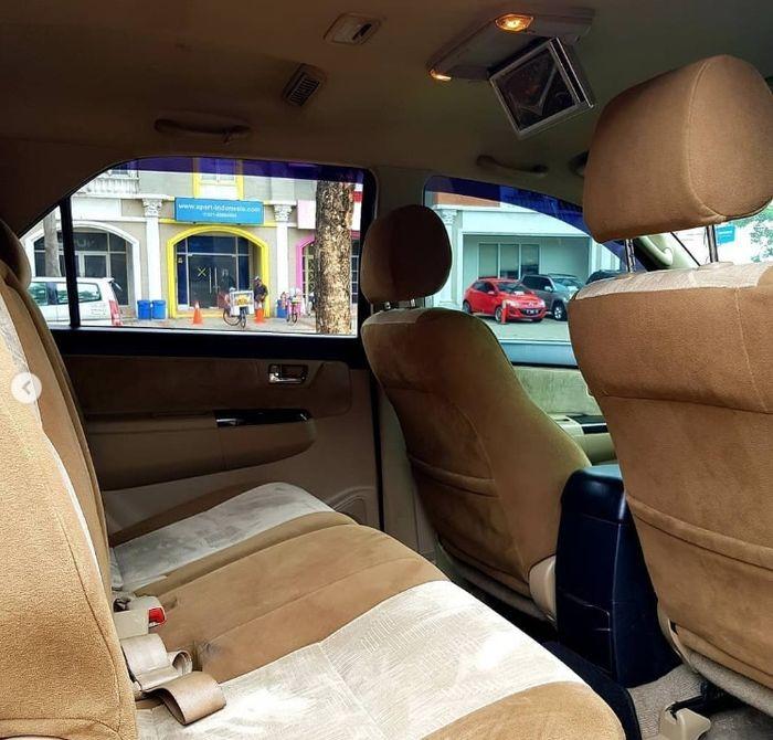 Kabin Toyota Fortuner TRD tahun 2015