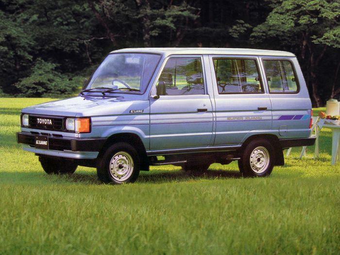 10 Fakta Toyota Kijang Super, Mobil Yang Bekasnya Nyentuh Rp 25 Juta