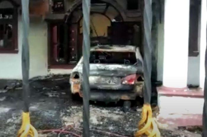 Honda Civic FD milik mantan calon bupati Serdang Bedagai ludes, diduga sengaja dibakar