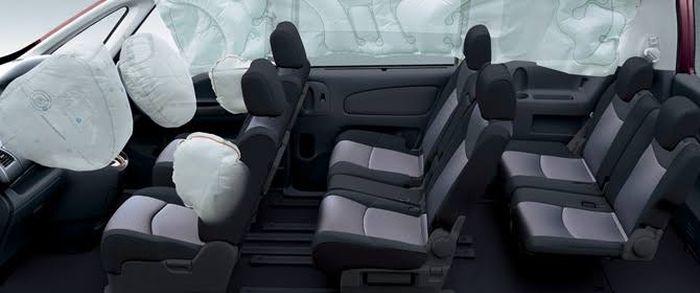 Ilustrasi Nissan serena C26