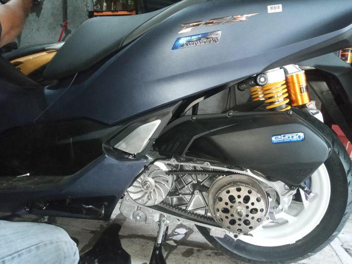Mangkok ganda pada CVT Honda PCX160 ini setara dengan Honda Vario 110 Corporator