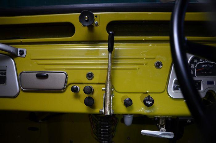 Toyota Land Cruiser FJ45 SWB 1964