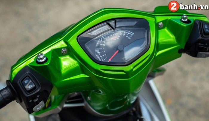 Panel speedometer diganti dengan produk Koso yang stylish dan modern