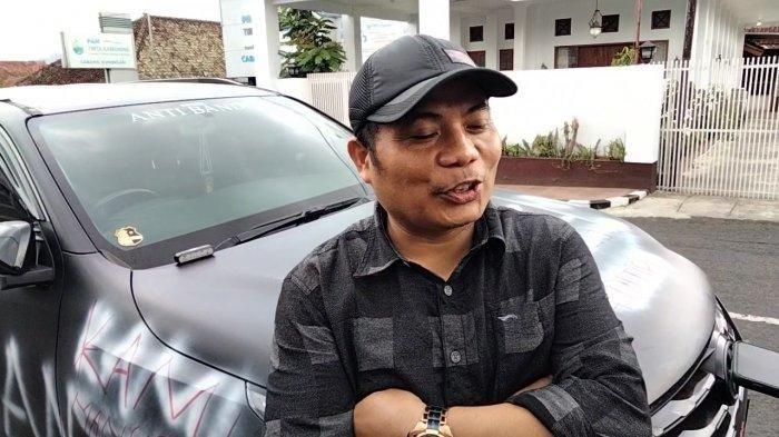 Muhamad Ali, pemilik Toyota Fortuner yang dicorat-coret di Kuningan, Jawa Barat.