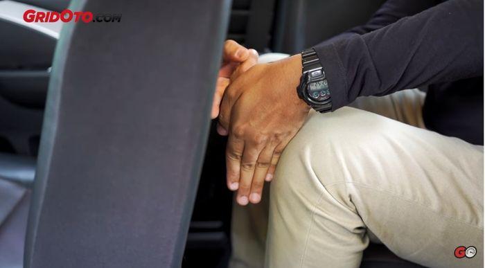 Akomodasi duduk di jok baris ketiga Mitsubishi Xpander Cross