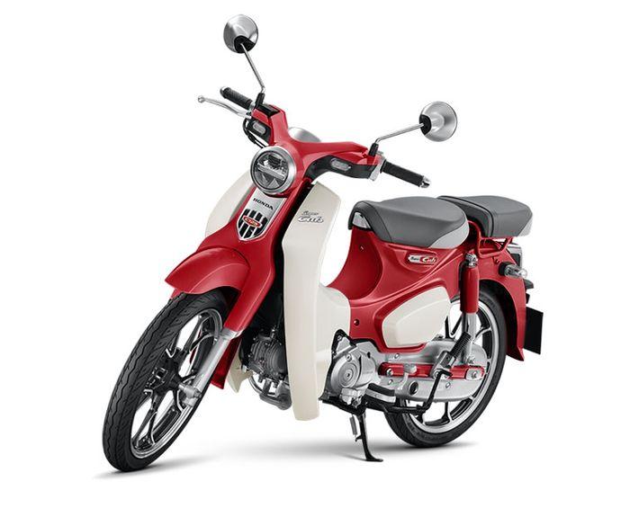 Honda Super Cub C125 warna Pearl Nebula Red