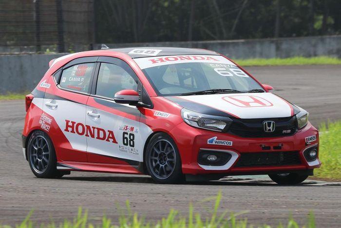 Honda Brio Kejurnas ITCR 1200 besutan Canya Prasetyo