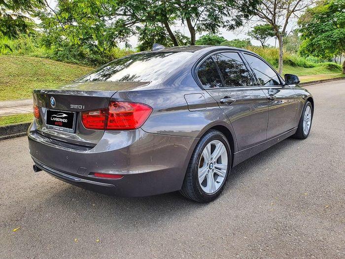 BMW 320i F30 2013