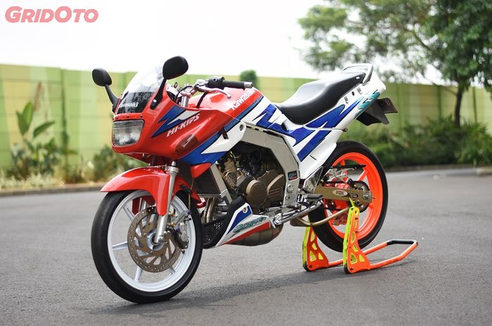 Totalitas Pak Guru Modifikasi Kawasaki Ninja 150r Jadi Ganteng Banget Gridoto Com