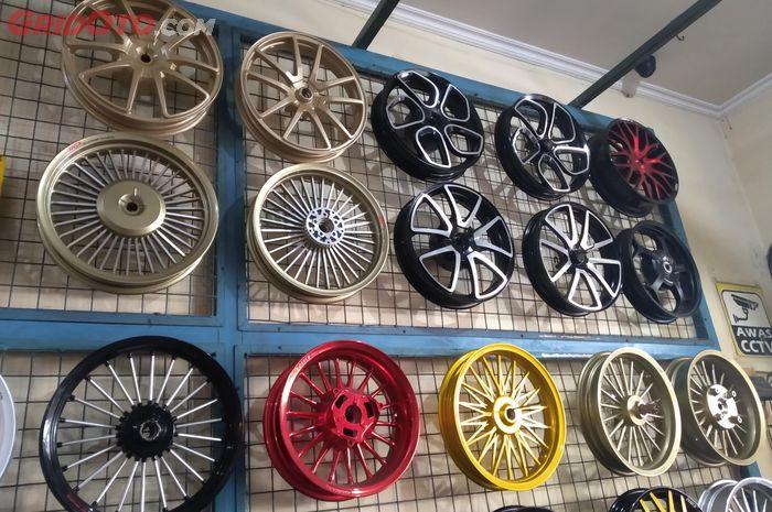 Ragam Pelek Aftermarket Motor Matic Ring 14 Inci Bergaransi Harga Mulai Rp 800 Ribuan Gridoto Com