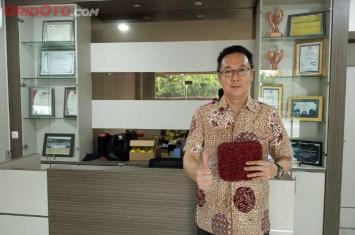Susanto Widjaja selaku Direktur PT Performa Indo Lestari, distributor Comfort Carpet