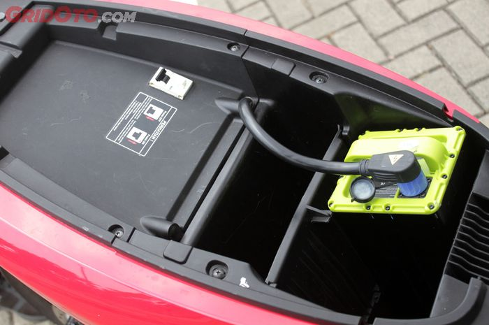 Ilustrasi baterai motor listrik