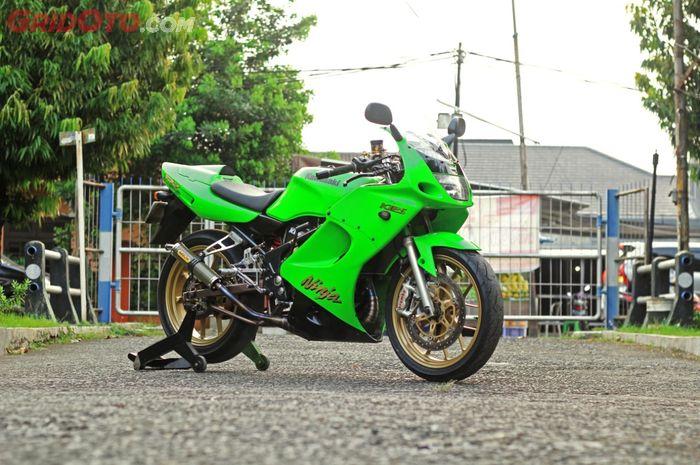 Modifikasi Kawasaki Ninja 150 RR garapan Suto Garage, dari upgrade rem malah keterusan!