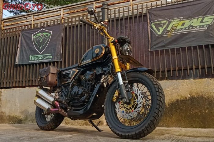 Berwujud baru ala Scrambler, kaki-kaki Yamaha Scorpio ini cowok banget.