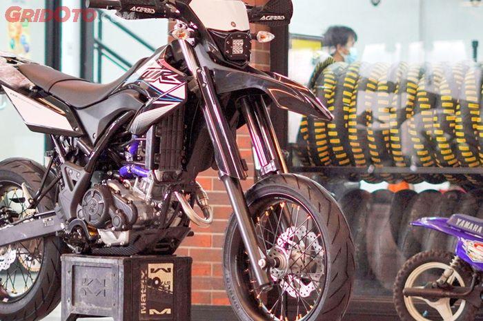 Yamaha WR 155R Supermoto sudah ready stock di dealer Yamaha Mekar Motor