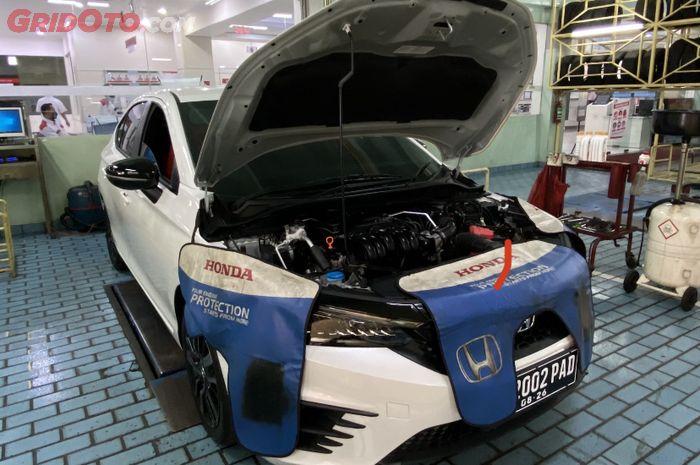 Perawatan Servis Berkala Honda City Hatchback di Bengkel Resmi Honda Pondok Indah, Jakarta Selatan