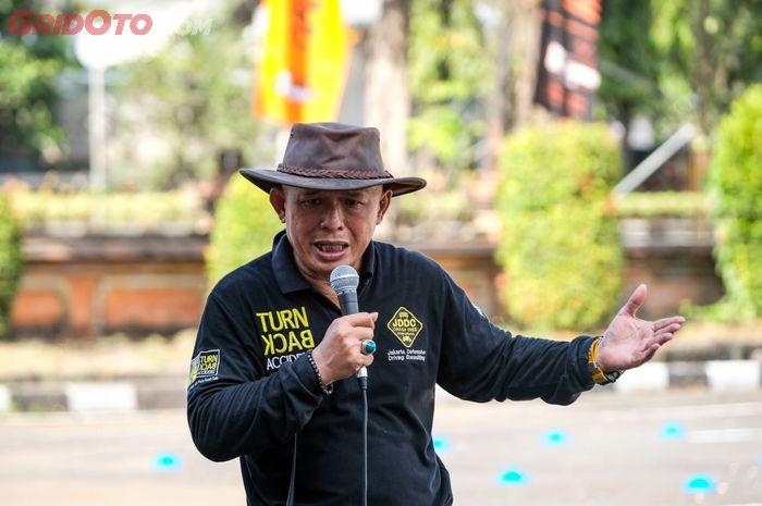 Jusri Pulubuhu, Training Director sekaligus Founder Jakarta Defensive Driving Consulting (JDDC)