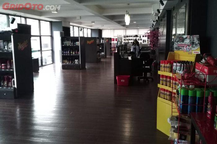 Car Detail Shops Near Me >> Video Berkunjung Ke Show Car Detail Center Gridoto Com