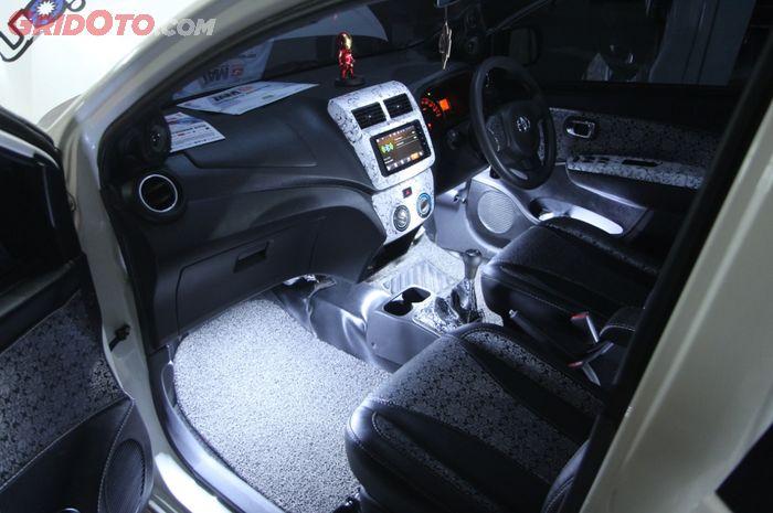 800+ Modifikasi Interior Mobil Agya Terbaik