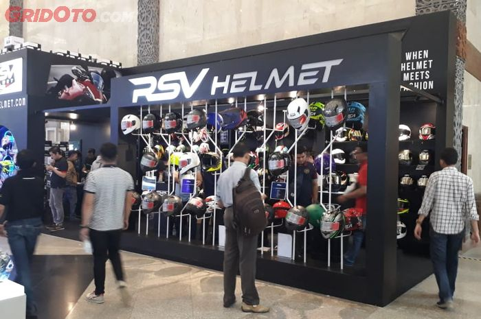 Booth RSV Helmet di IMOS 2018