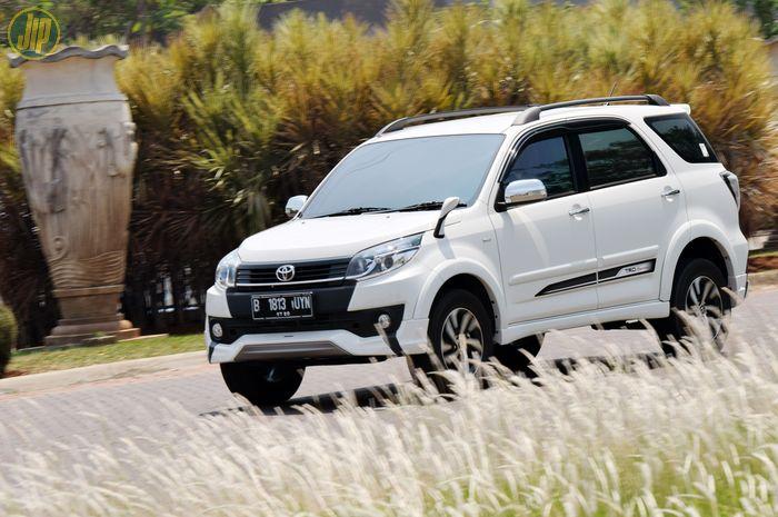 Beli Toyota Rush 2015 Ini Patokan Harga Bekas Terkini Di Jakarta