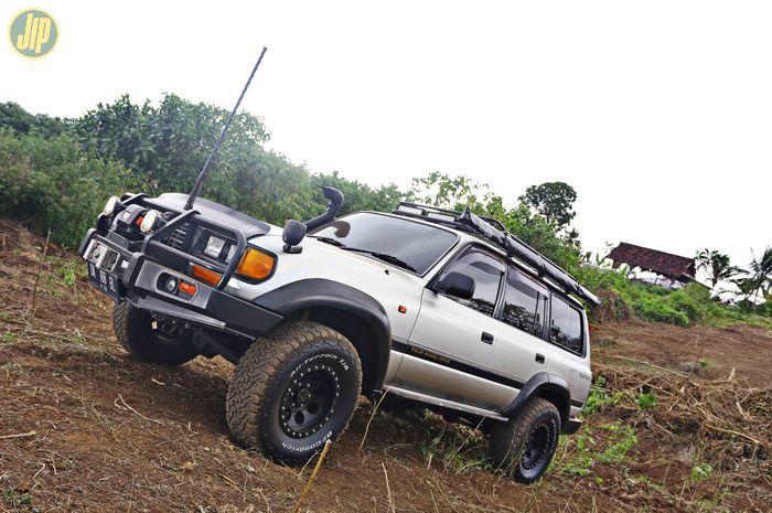 Toyota Land Cruiser VX80