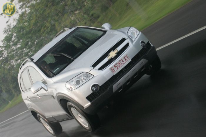 Chevrolet Captiva 2.4 MT bensin 2007