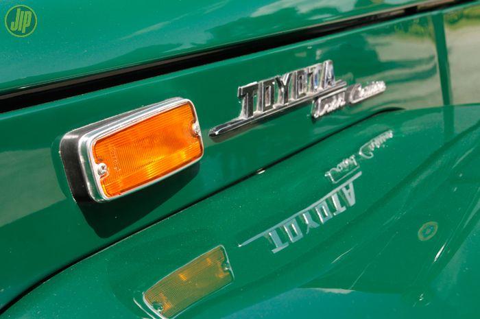 Kode warna orisinal Toyota Land Cruiser FJ40