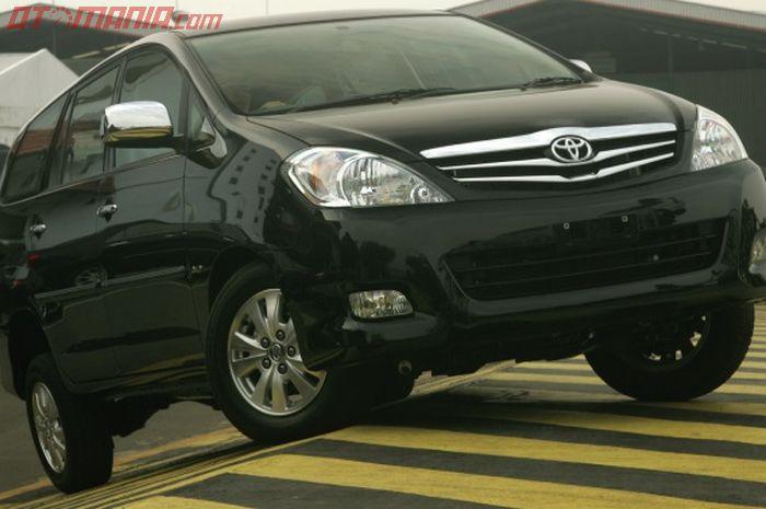 Ilustrasi. Toyota Kijang Innova diesel generasi pertama