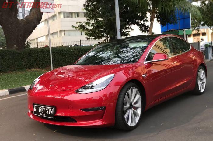 Tesla Model 3, jadi salah satu mobil listrik di Indonesia