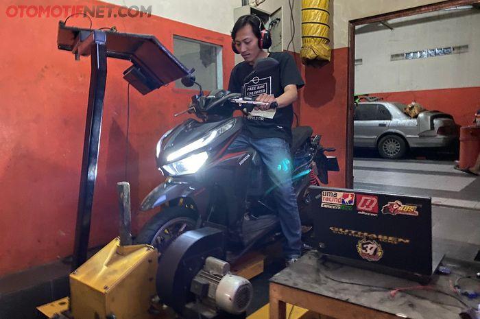Upgrade Honda Vario 125 oprekan Duta Motor Sport (DMS), tenaga melonjak jadi 18,7 dk!