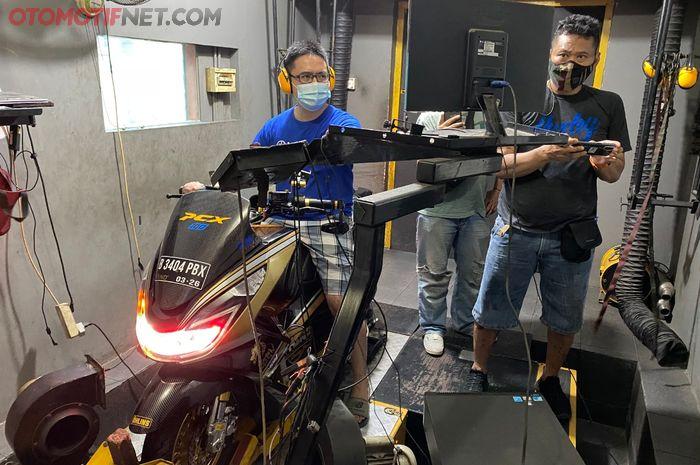 Honda PCX 150 CBU menjadi 200 cc dengan tenaga maksimal 18 dk!