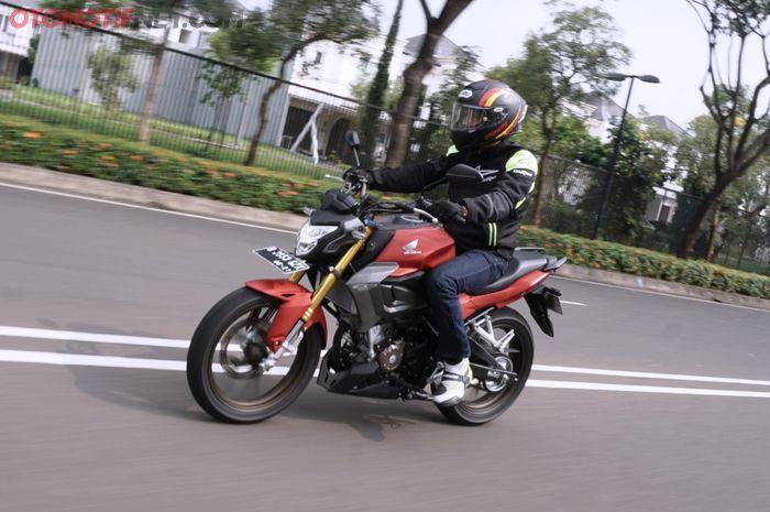 Berapa deviasi top speed Honda CB150R StreetFire?