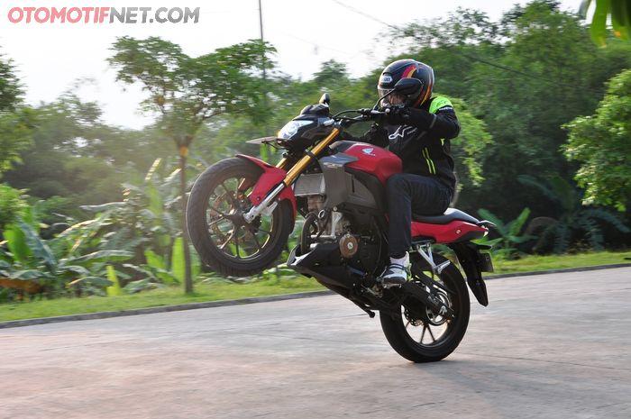 Test ride All New Honda CB150R StreetFire, salah satunya diambil data akselerasi dan top speed