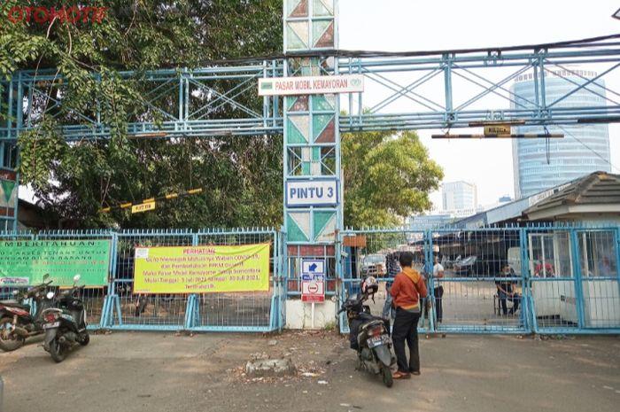 Pasar Mobil Kemayoran (PMK) tutup total dampak PPKM Darurat.