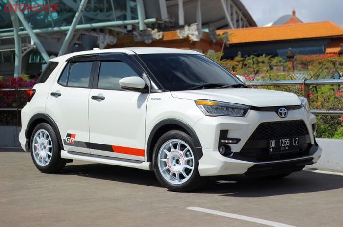 Modifikasi Toyota Raize GR Sport bergaya rally look