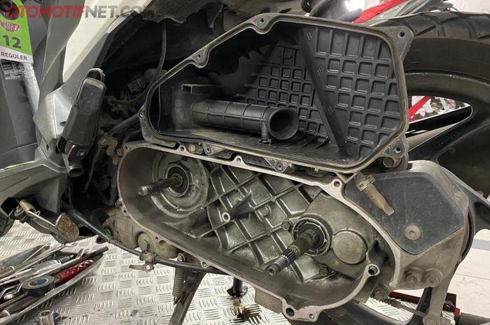 Ruang CVT dan Filter Udara Honda VARIO 125
