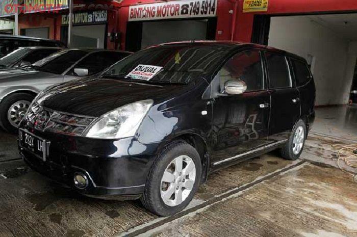 Nissan Grand Livina 1.5 generasi pertama