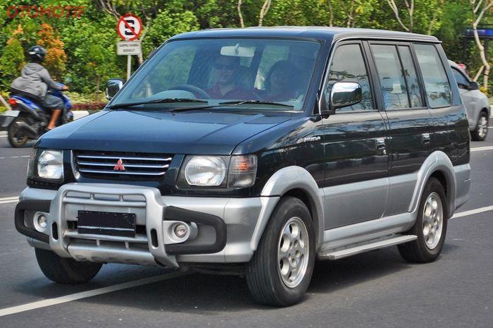 Ilustrasi Mitsubishi Kuda Generasi Pertama.
