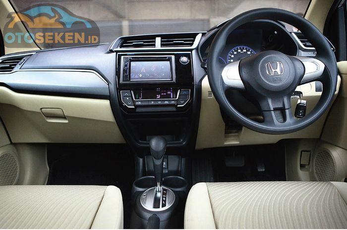 desain dasbor Honda Mobilio facelift 2016